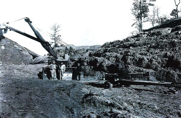 First Mining Drill And Shovel 01